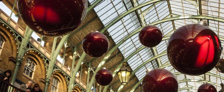 christmas-decorations-879783_1920