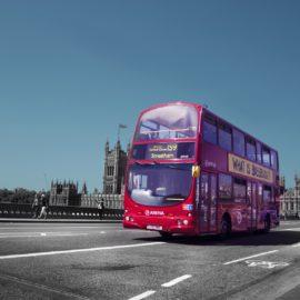 """O famoso """"Ônibus vermelho"""" londrino"""