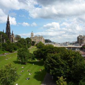Princes Street: Conheça o mais icônico jardim de Edimburgo na Escócia